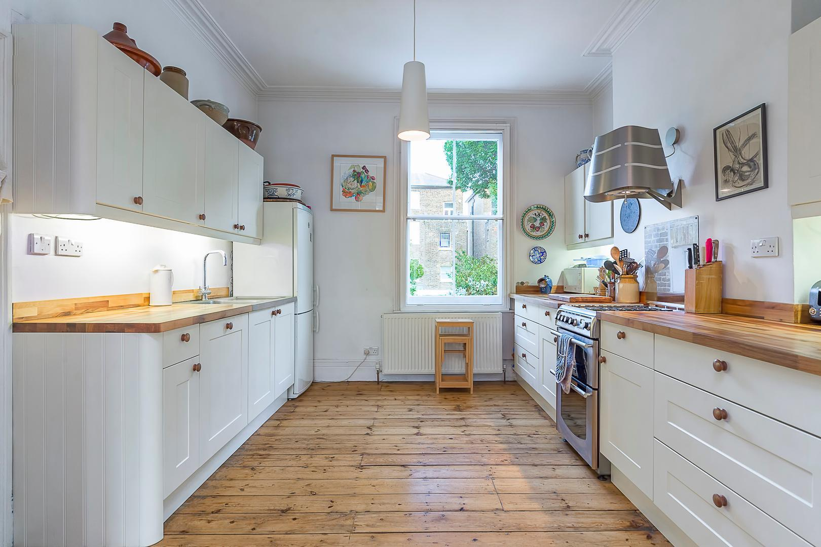 Quiet Home near Hampstead Heath