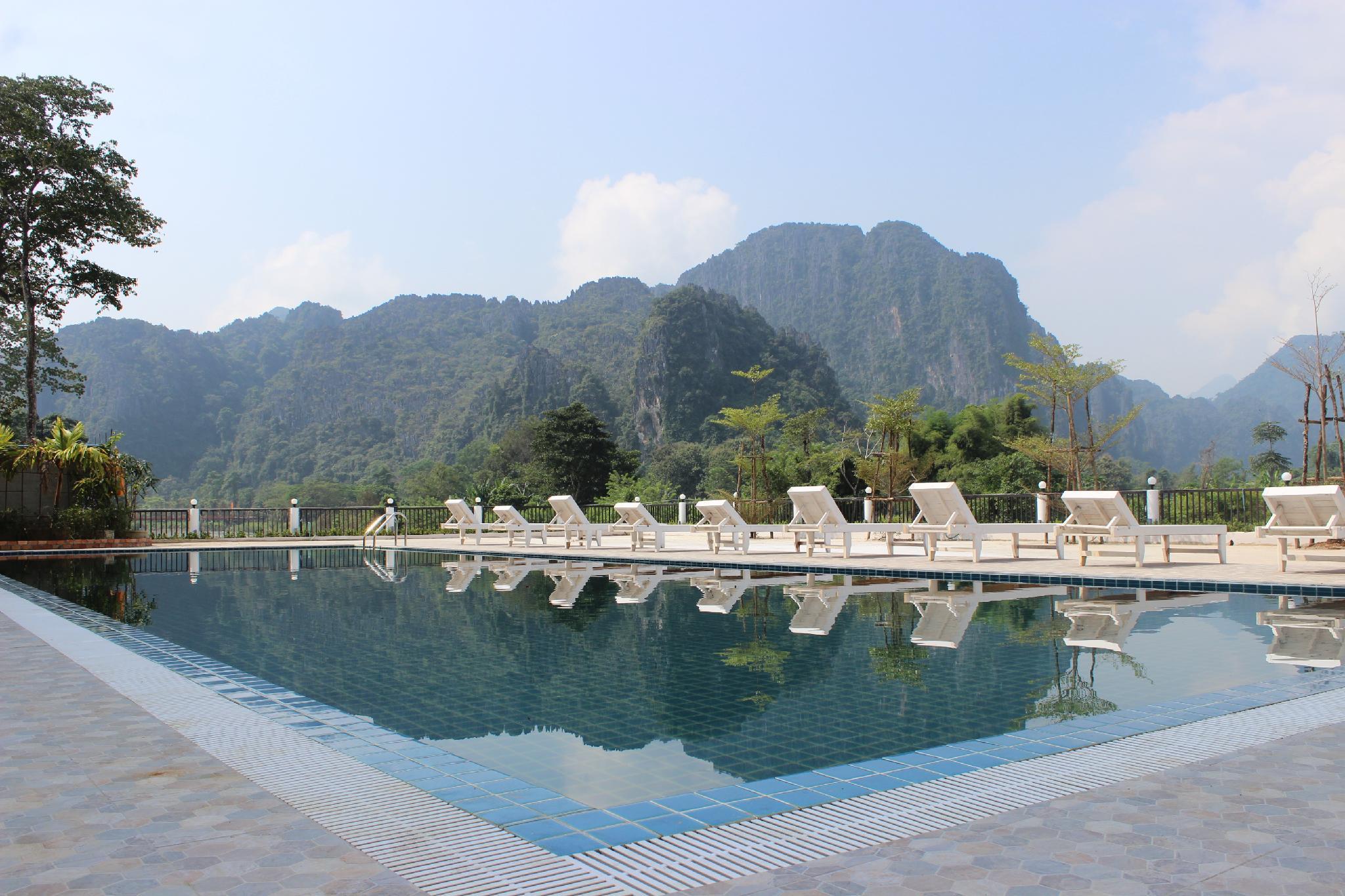 The Grand Riverside Hotel 2