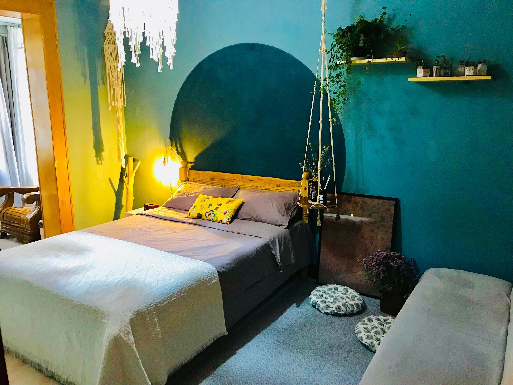 Bellevue 2  City Central Cozy Romantic Room