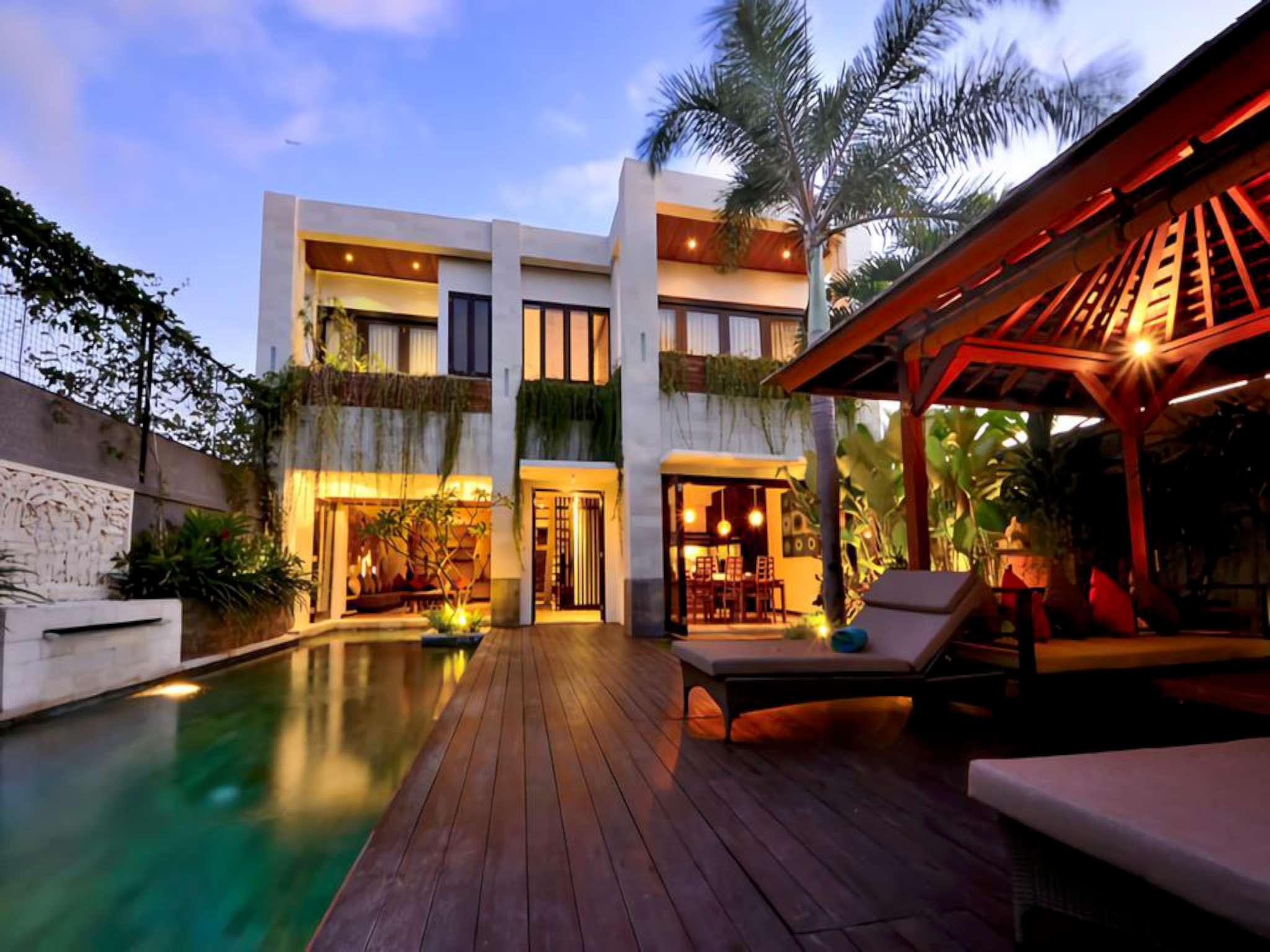 3BDR Romantic Villa In Seminyak