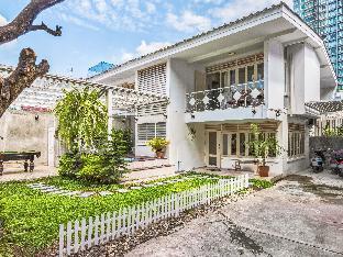 [スクンビット]一軒家(200m2)| 4ベッドルーム/4バスルーム WalaVela FAMILYsuit/CITY CENTER/LOCAL THAI/Jacuzzi