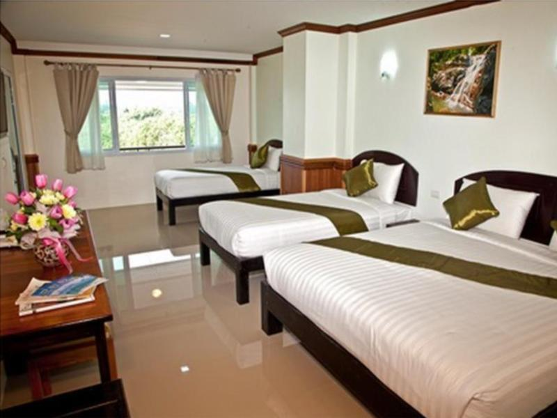 Sea Mountain Khanom Hotel