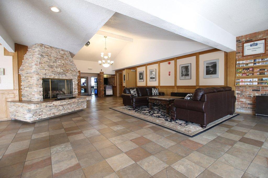 Medicine Hat Inn & Suites