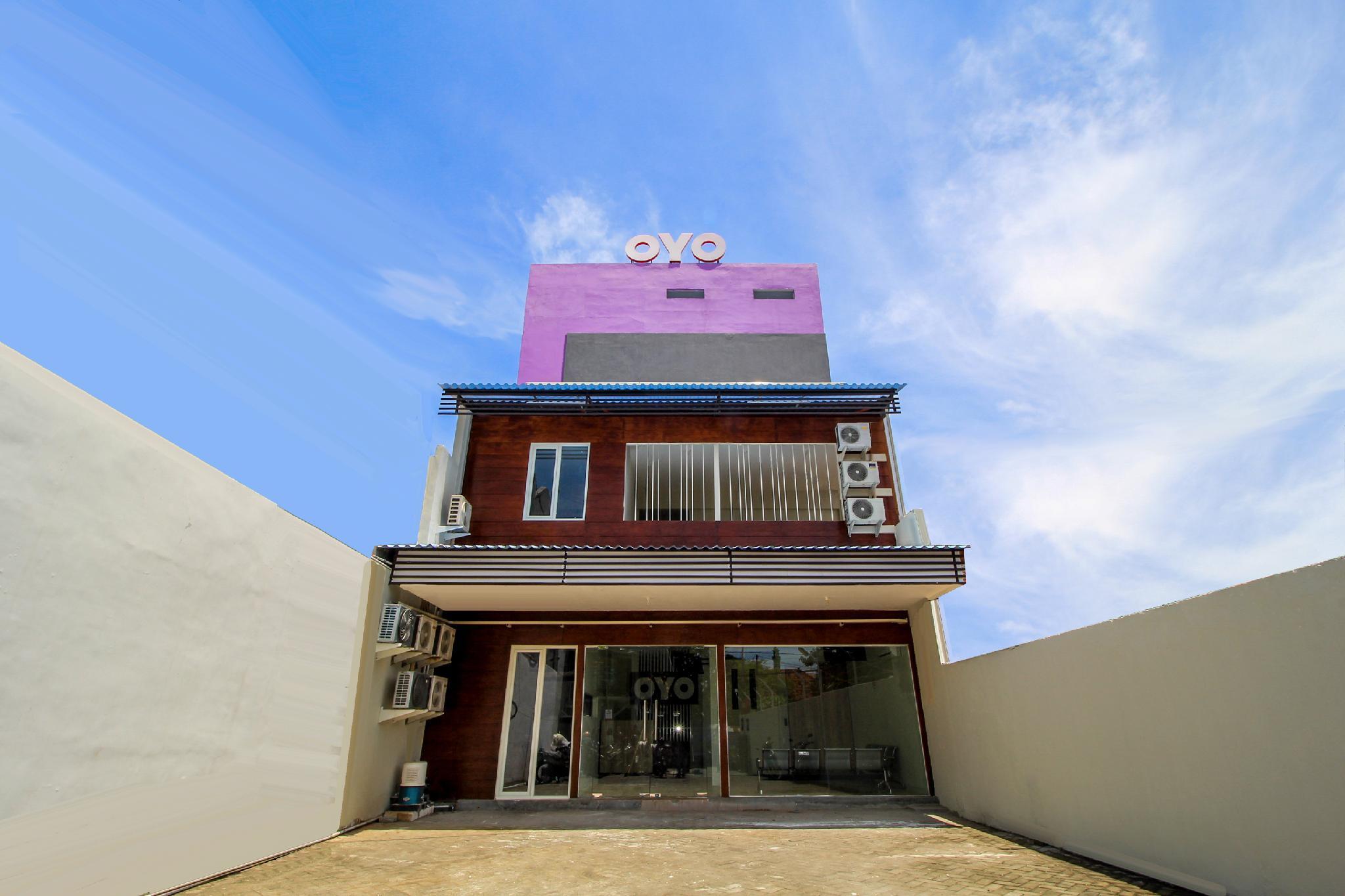 OYO 168 K 15 Residence