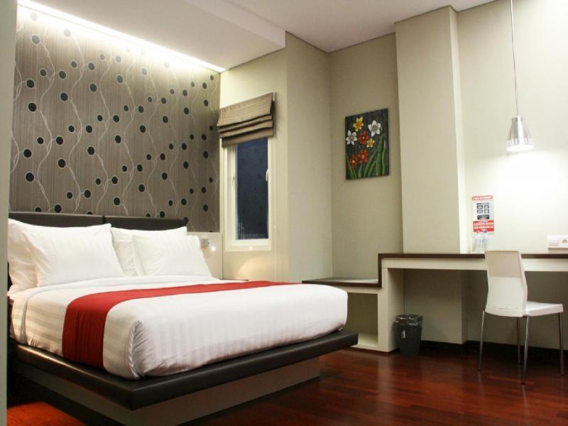Citihub Hotel Tunjungan Surabaya Indonesia Overview