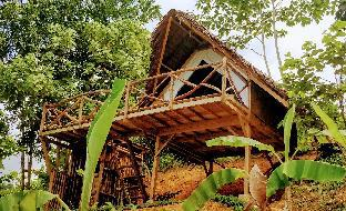picture 5 of Jungle Bar Cottages