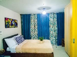 picture 1 of Attractive 1BR with WiFi near Grand Hyatt Hotel