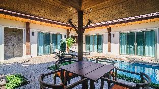 3 Bedrooms + 3 Bathrooms Villa in Rawai - 22834970