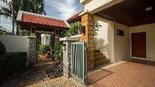 3 Bedrooms + 3 Bathrooms Villa in Rawai - 30304508