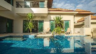 3 Bedrooms + 3 Bathrooms Villa in Nai Harn - 23609930