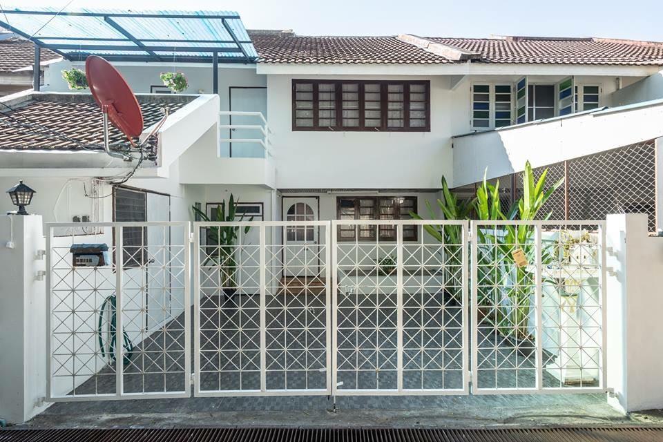 Chani Home