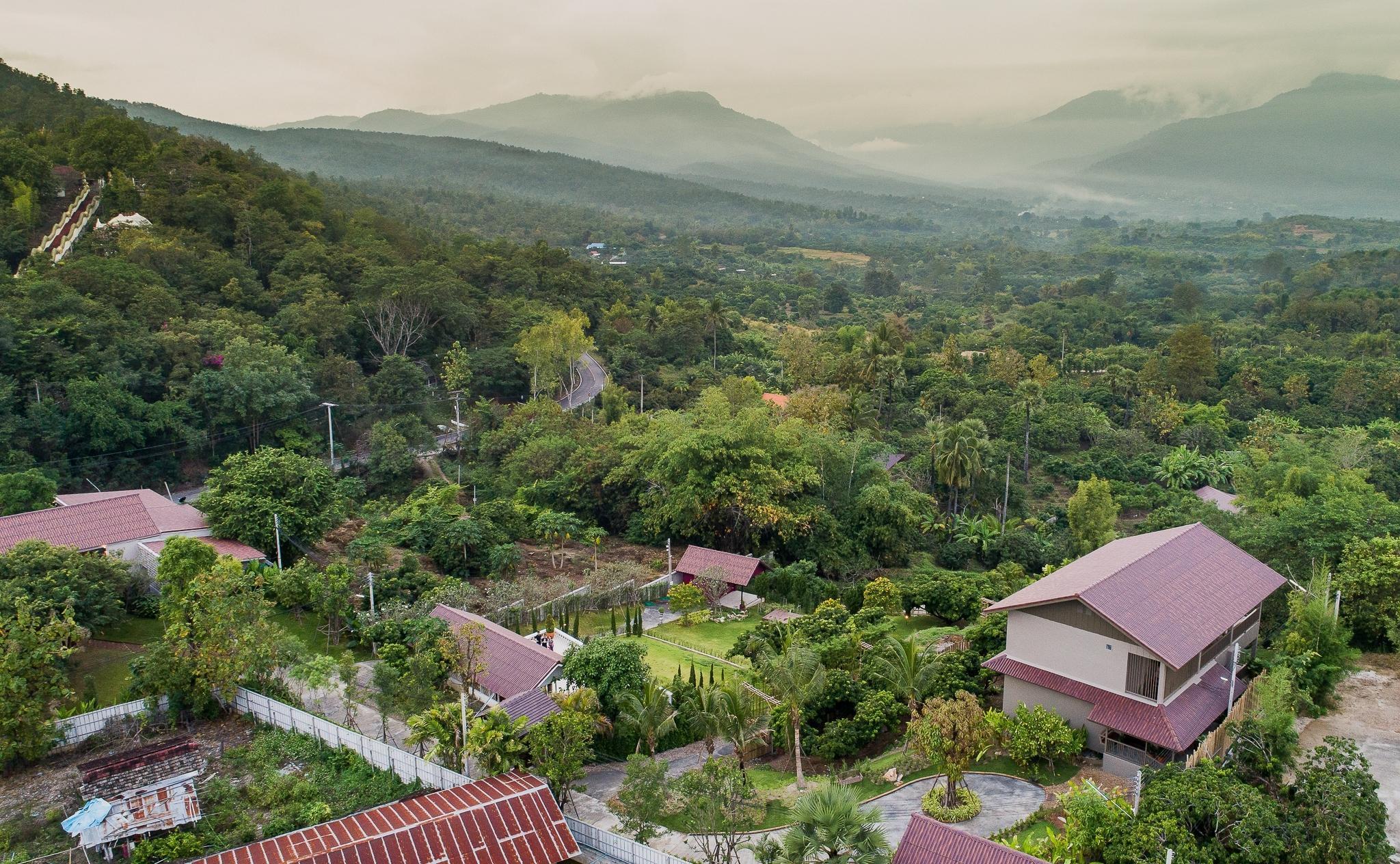 Thanburi Resort
