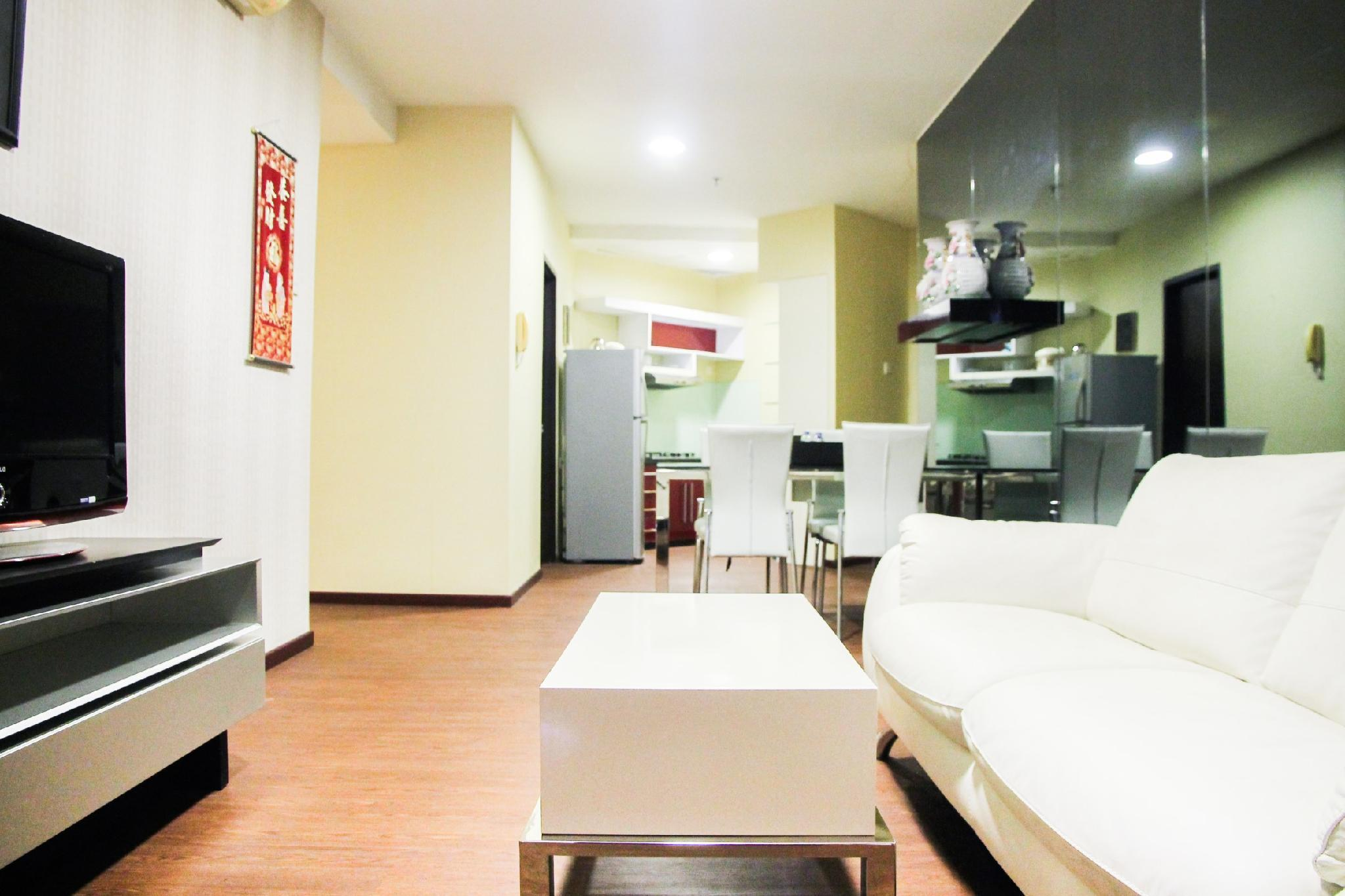 3BR Apt Cosmo Residence Near City Mall By Travelio