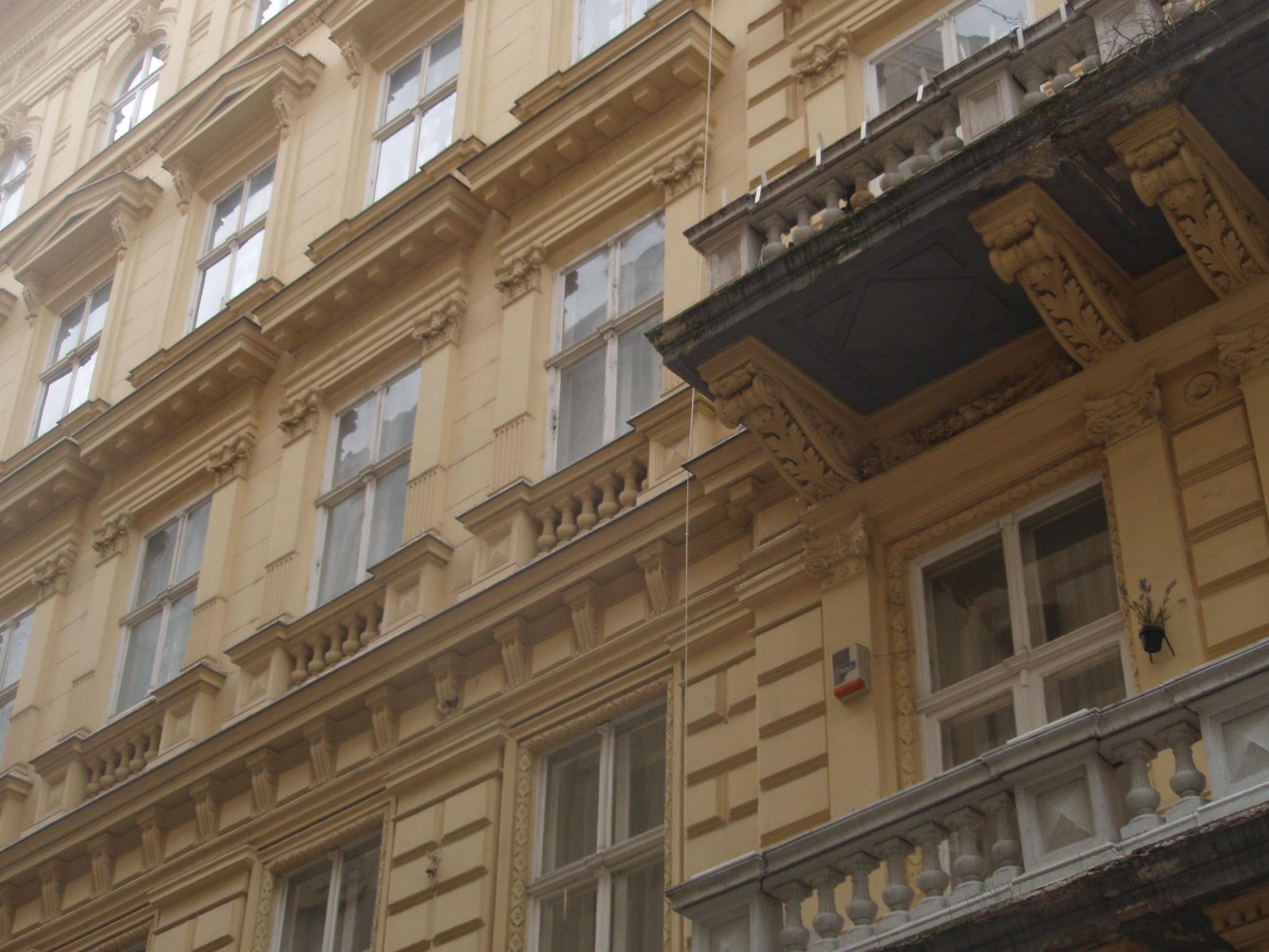 Old Monarchia Hotel