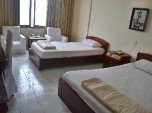 Buu Dien Halong Hotel