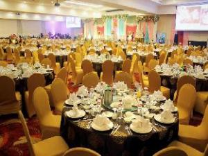 Grand Clarion Hotel Kendari