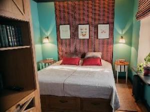 Kvartira N 4 Bed and Breakfast