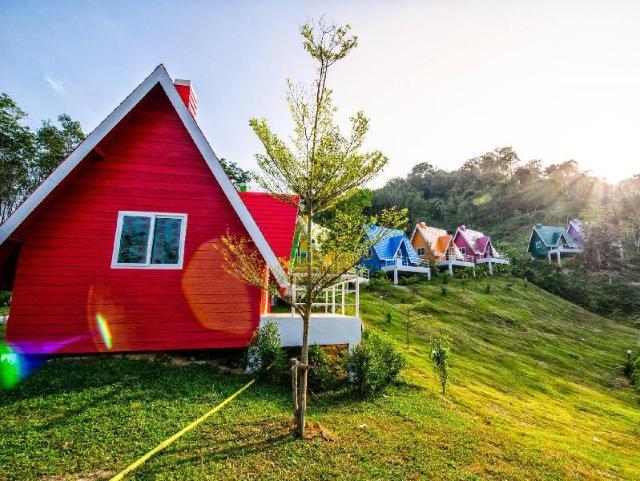 ภูผาสีรุ้ง รีสอร์ท – Phupha Srirung Resort