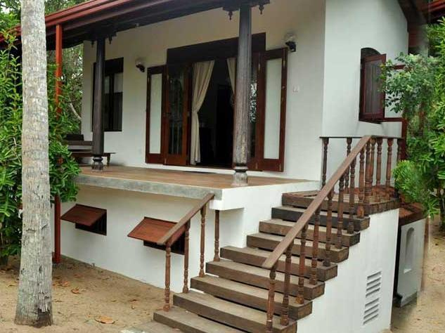 The Waves Holiday Bungalows Tangalle