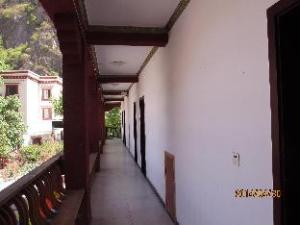 Jiuzhaigou Jiuyuan Hostel