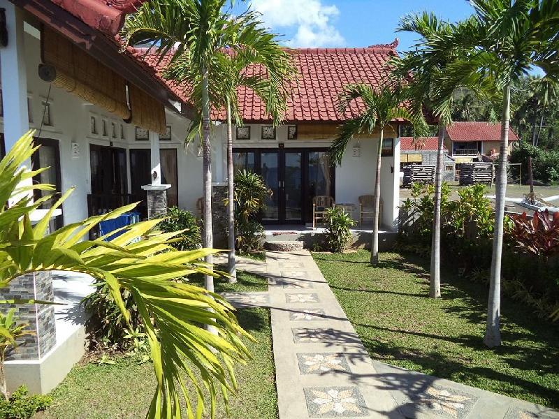Sunset Coin Beach Homestay Amed