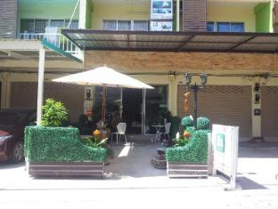 Bangsean Room Female Dormitory - Chonburi