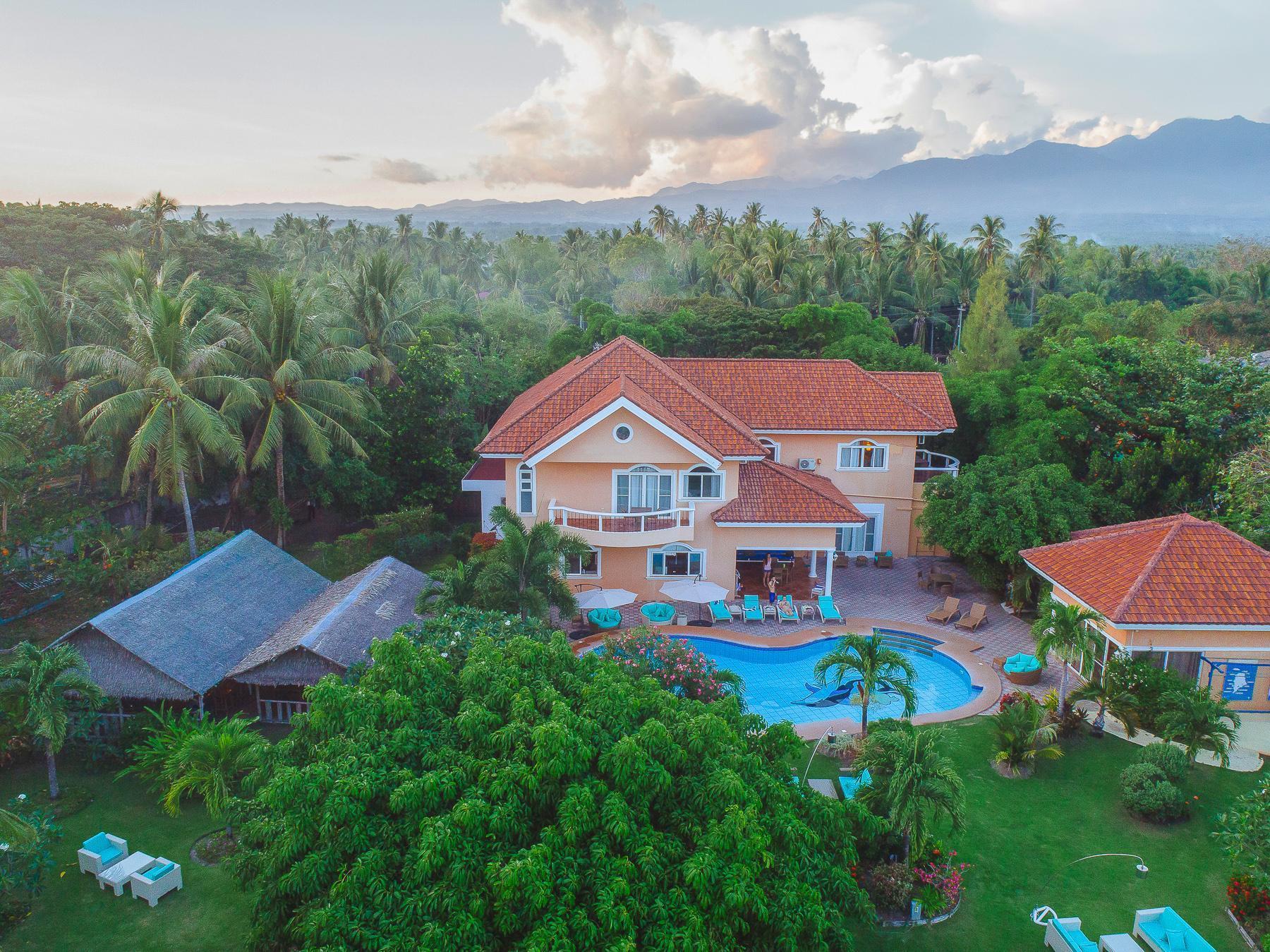 Acqua Dive Resort