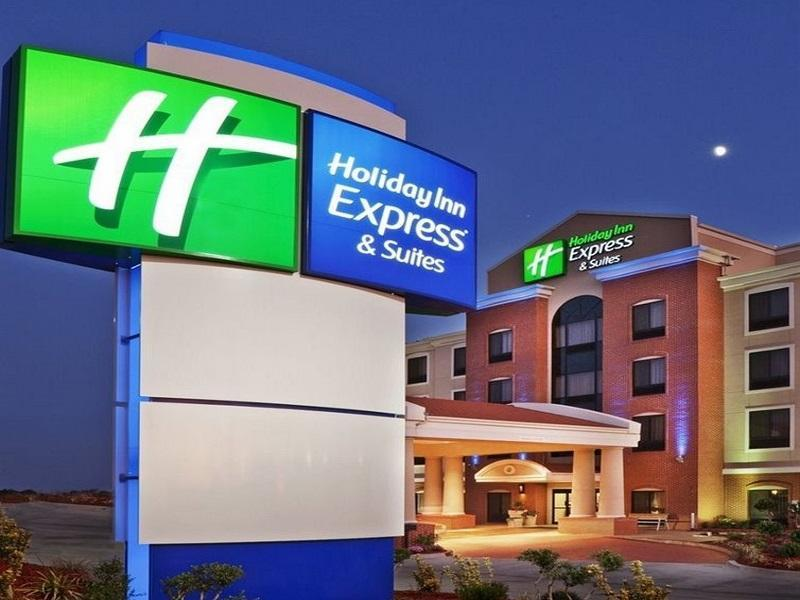 Holiday Inn Express And Suites Southport   Oak Island Area