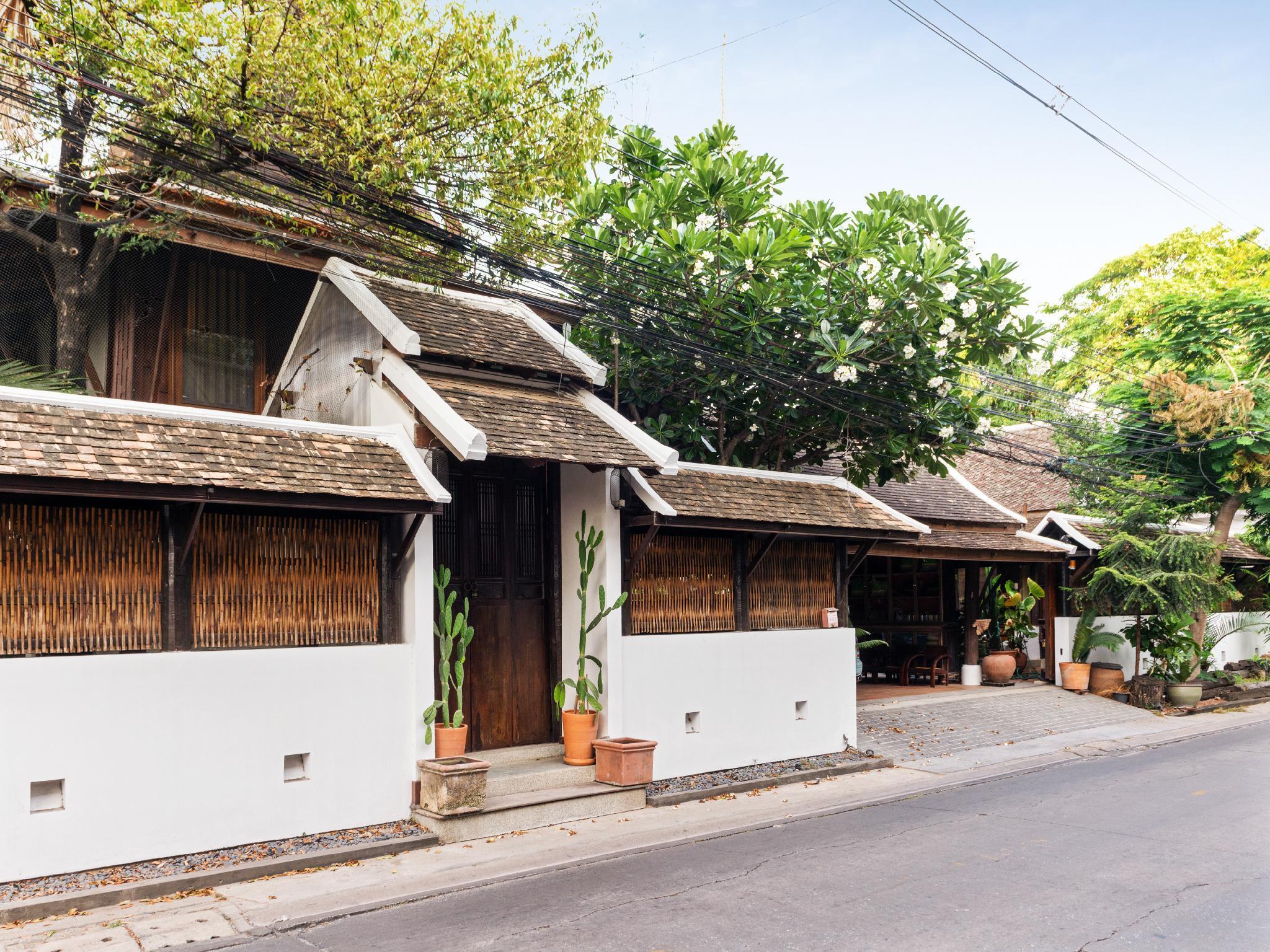 Ayutthaya Thai House 3BR Free BF And Pickup