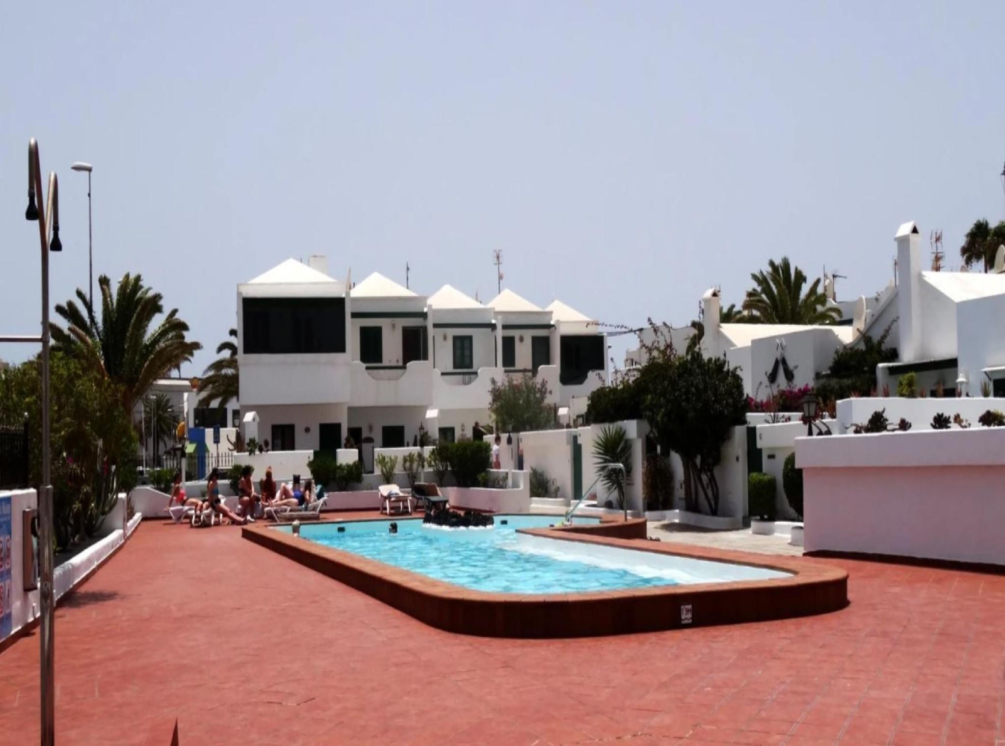 105772   House In T�as