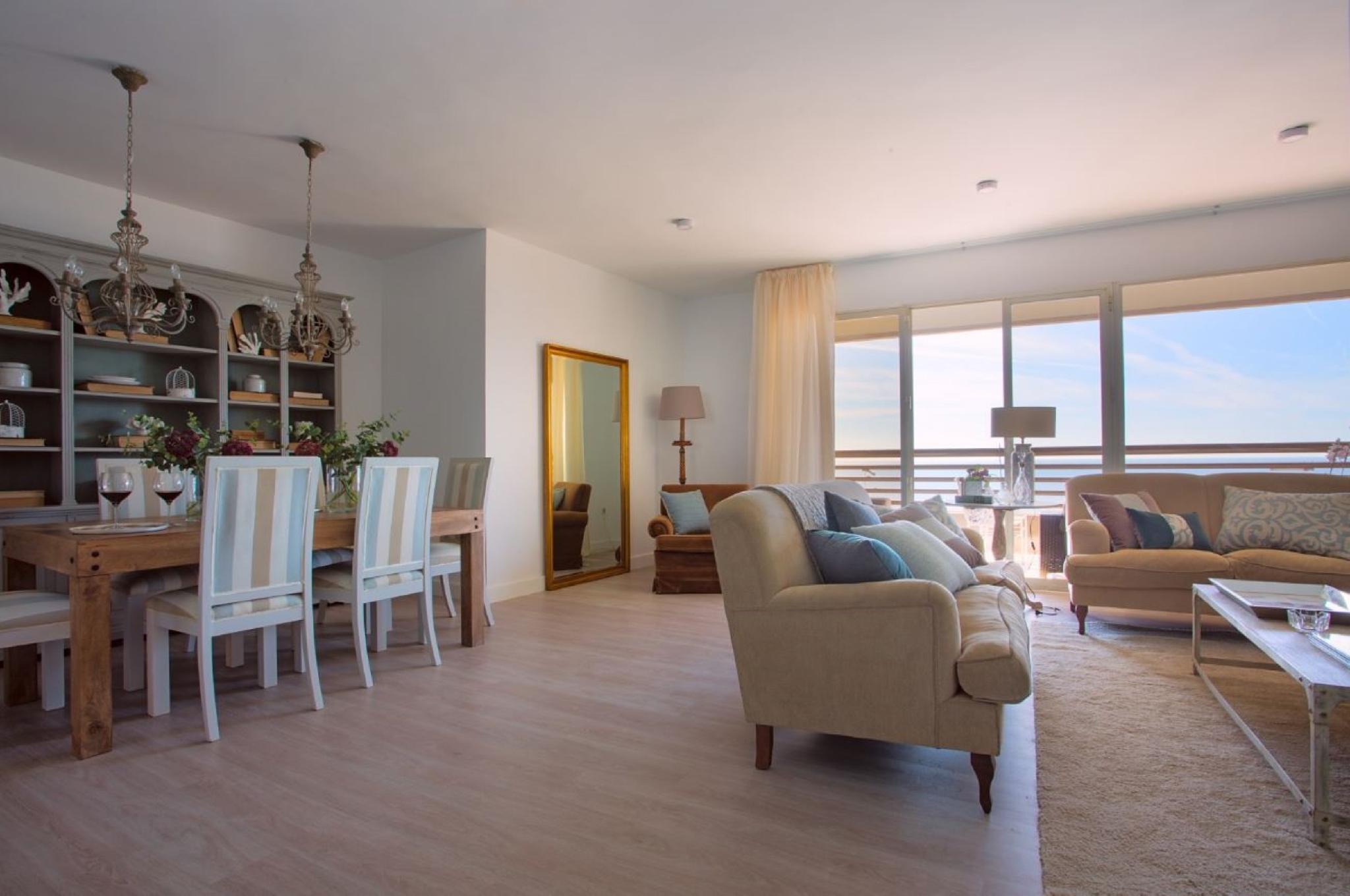 105972   Apartment In M�laga
