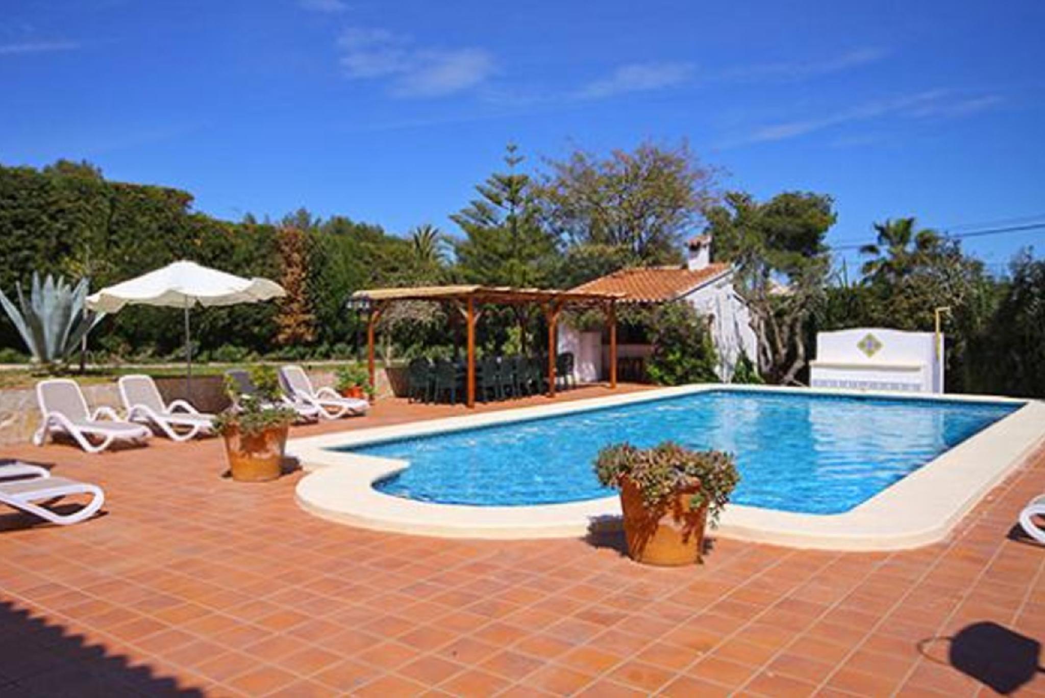 104944   Villa In X�bia