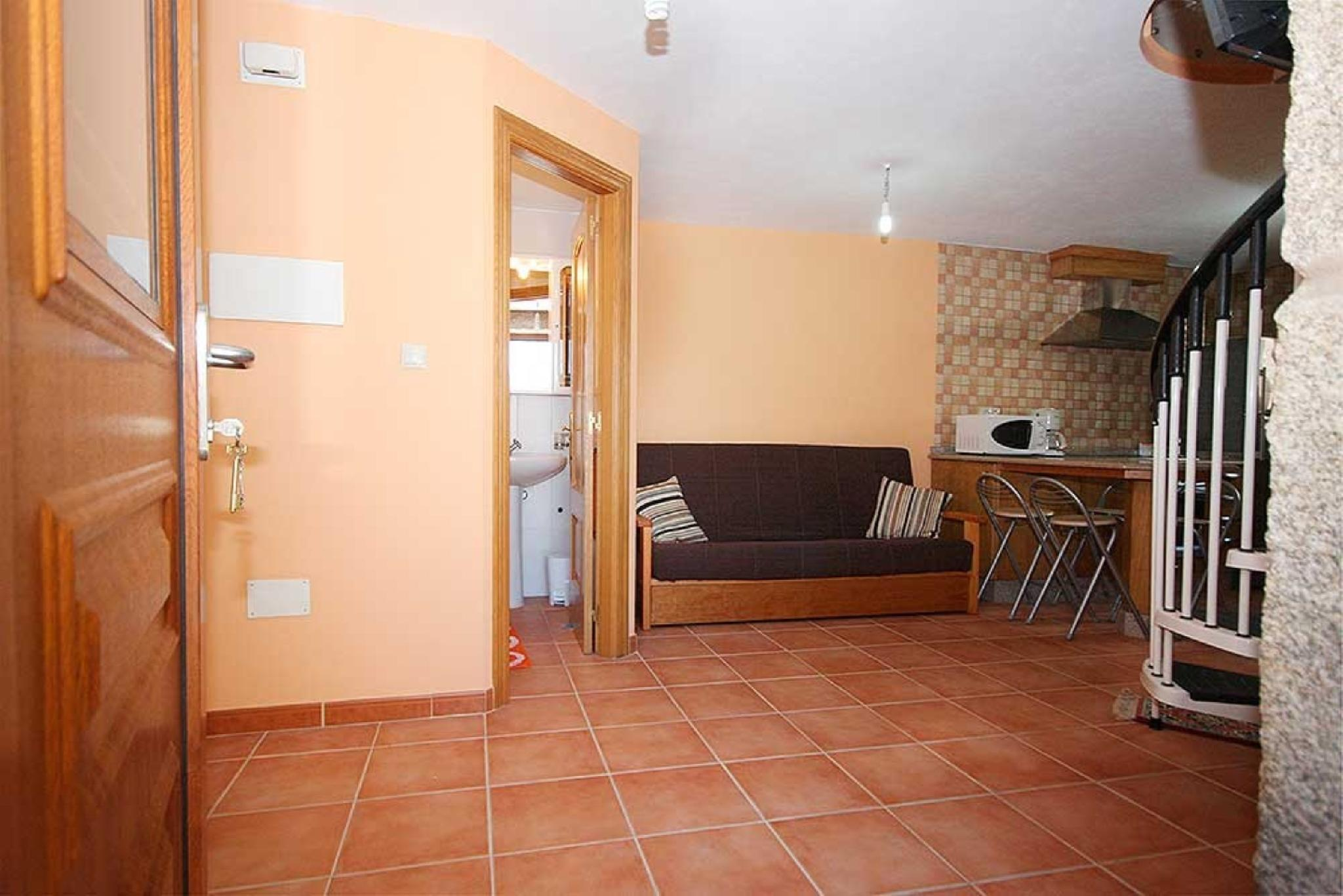 101915   House In Carnota
