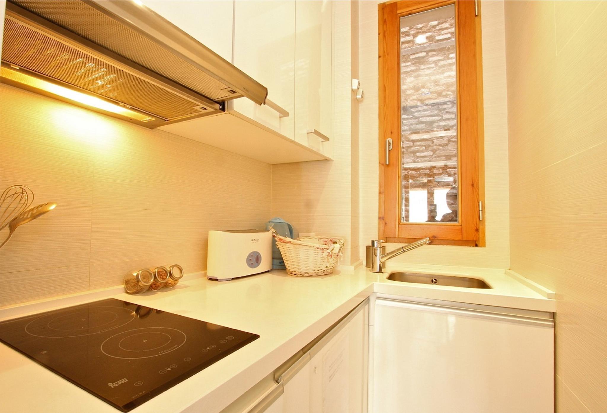 106953   Apartment In Granada