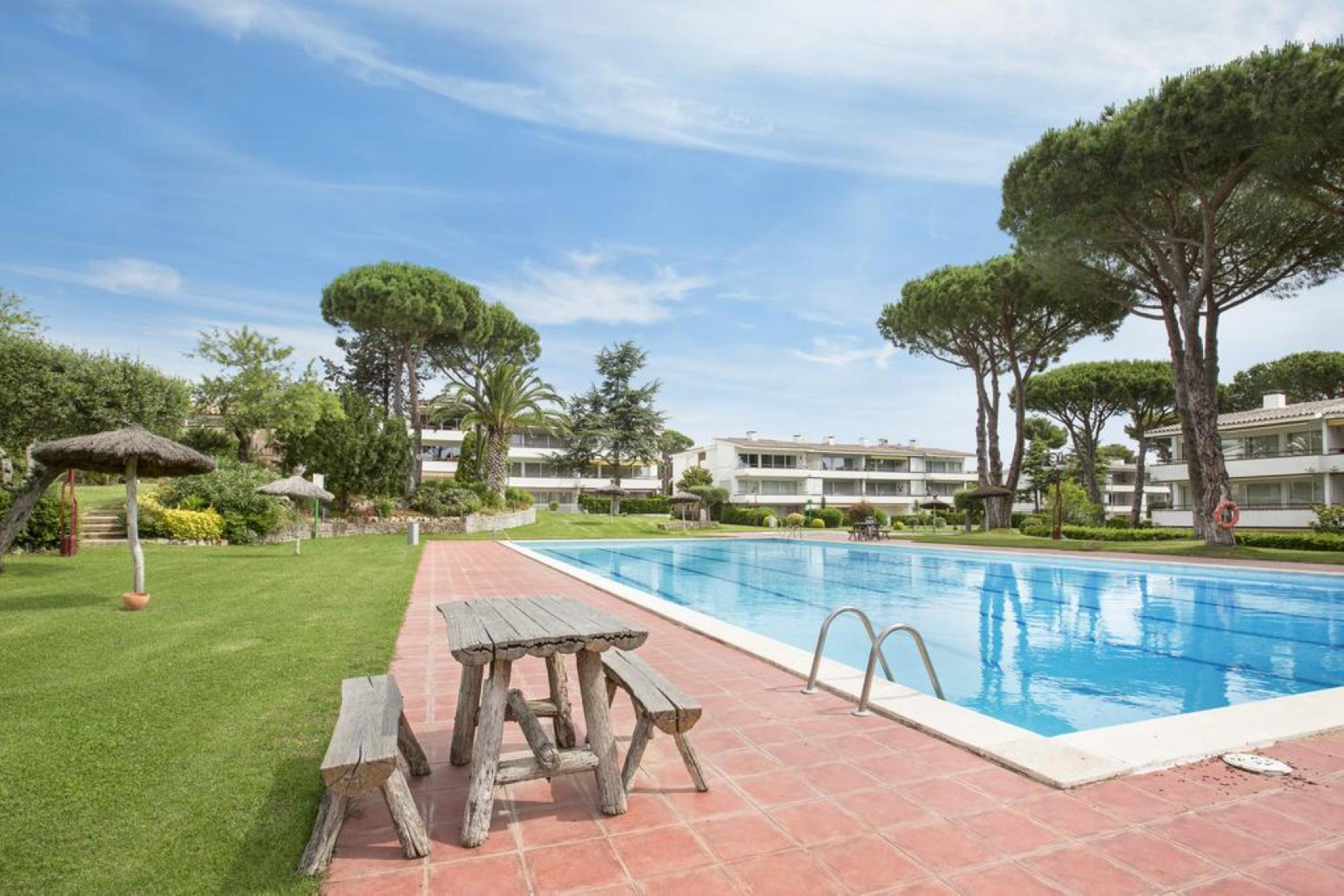 104764   Apartment In Palafrugell