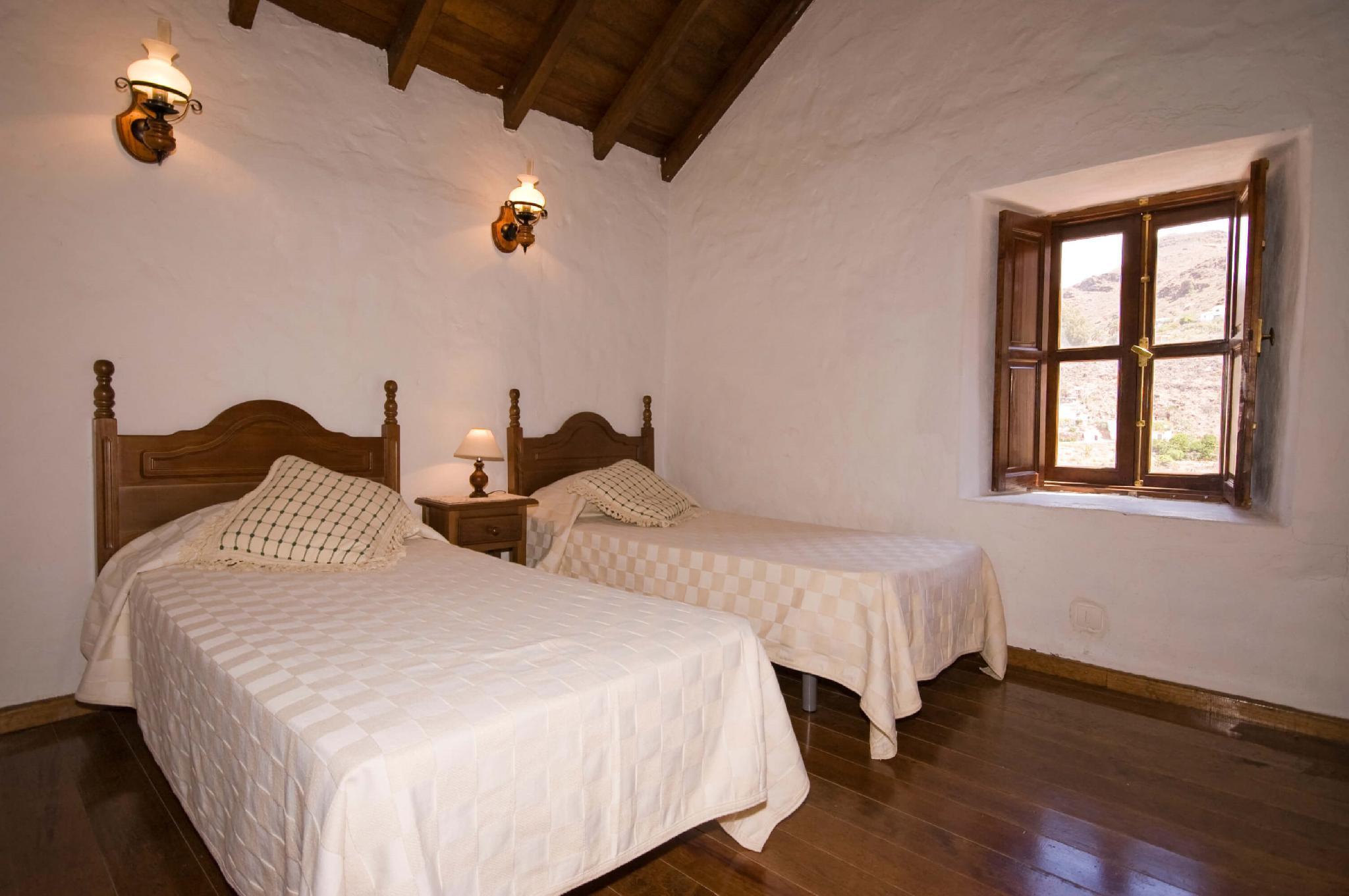 106838   House In San Bartolome De Tirajana