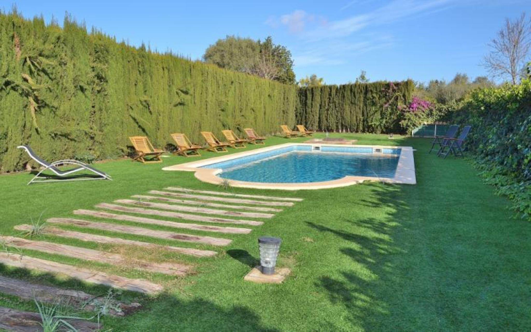 103613 -  Villa in Llubi
