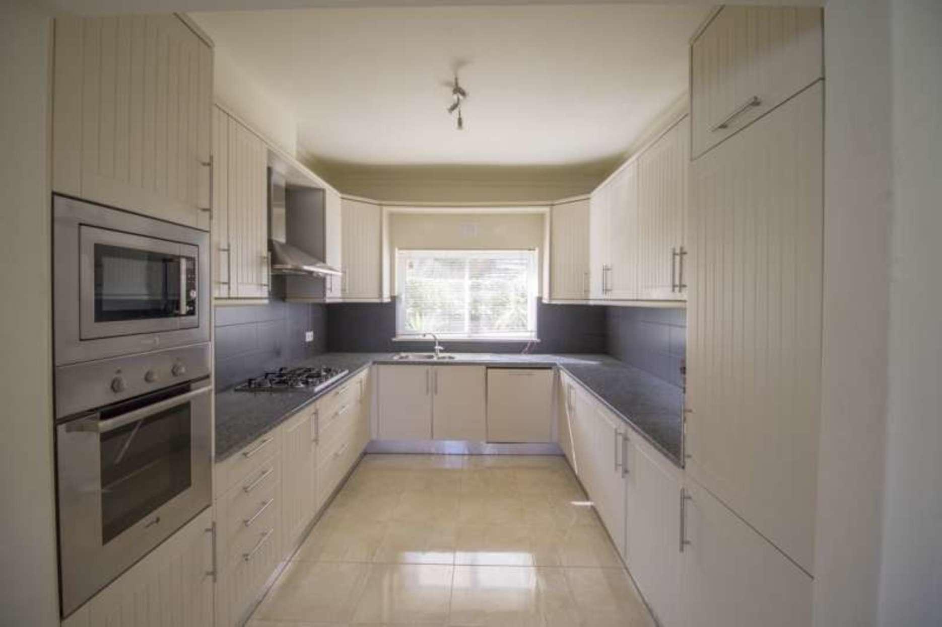 103057   Villa In Ferragudo
