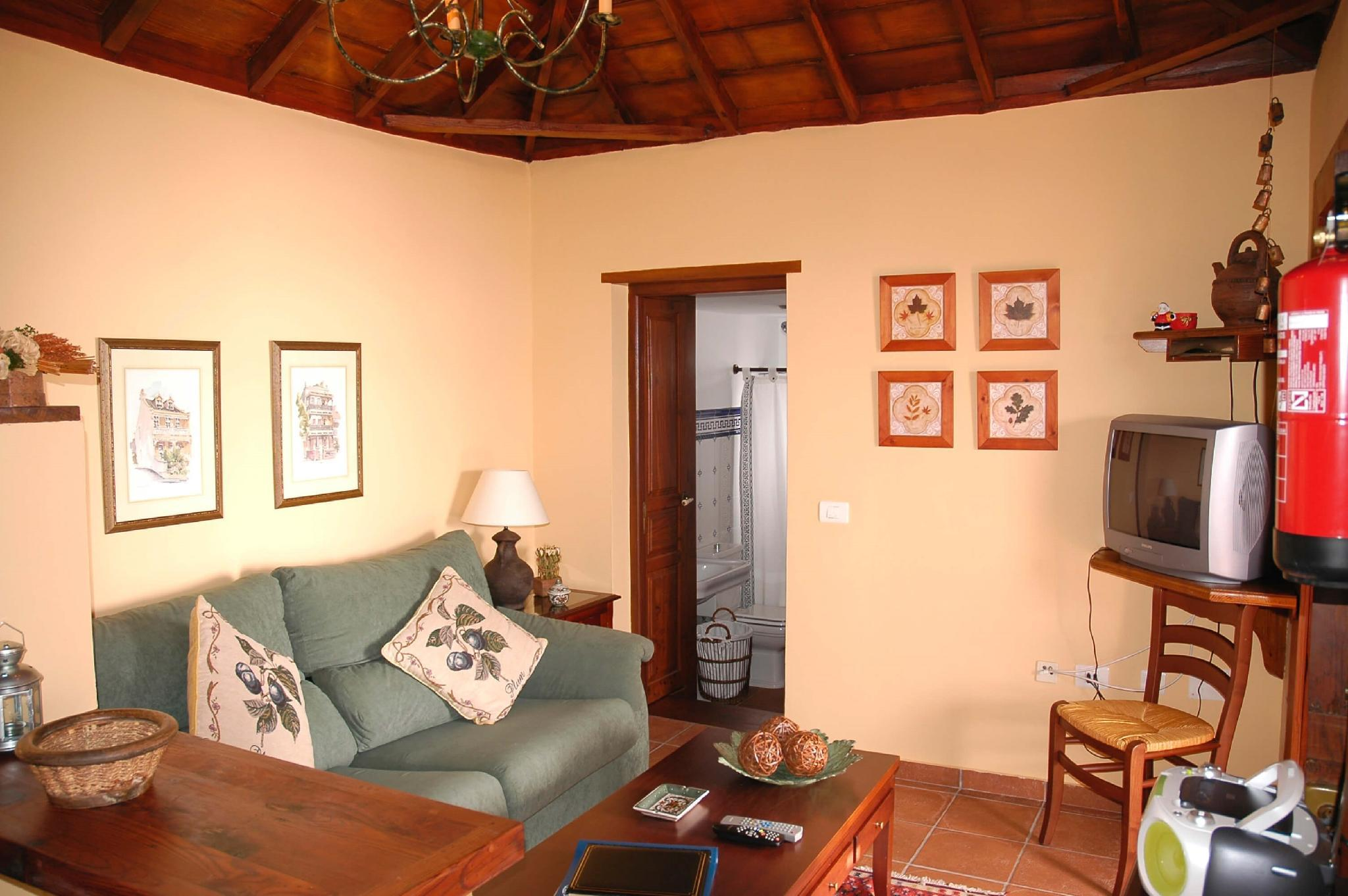 106865   House In Mazo