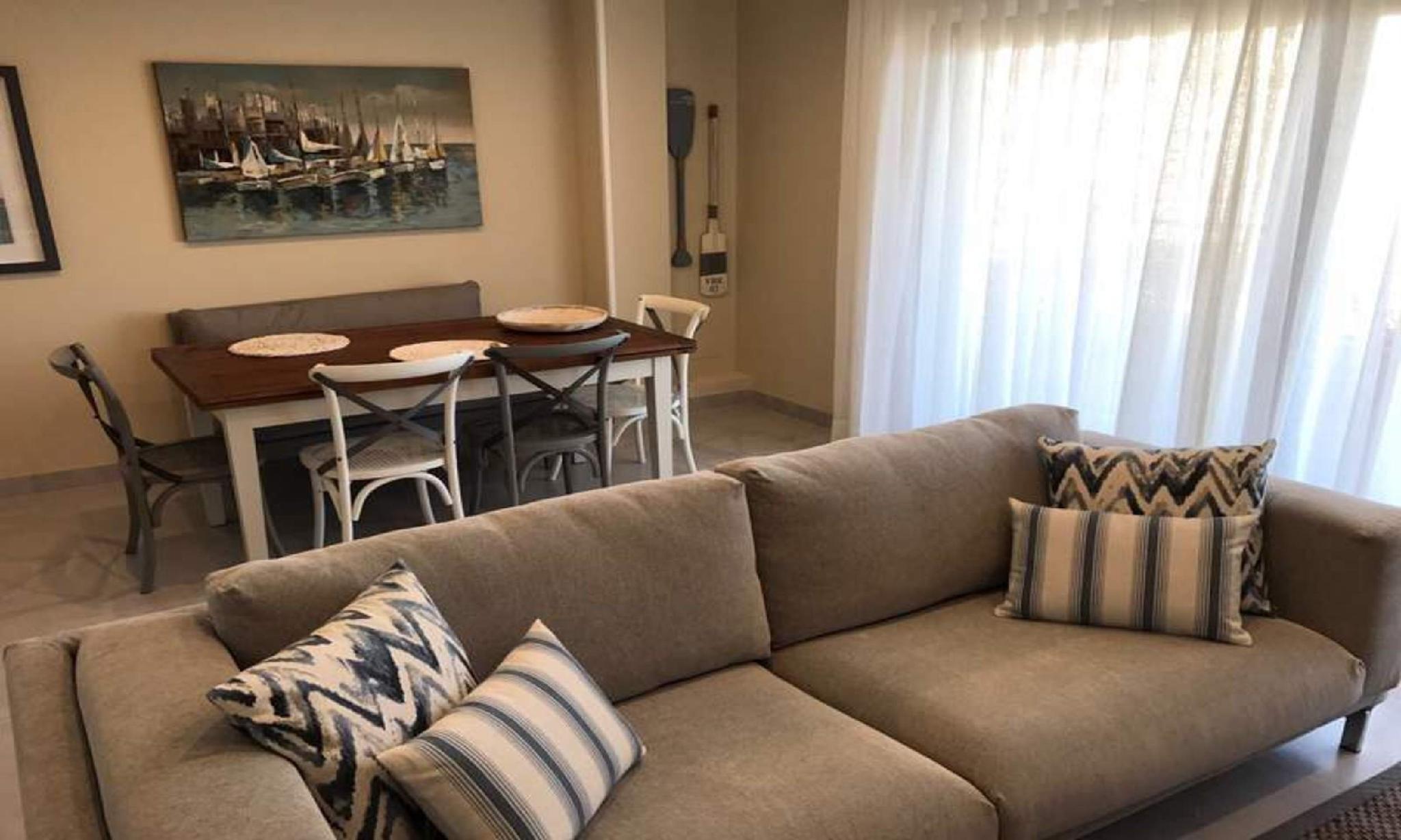 104558   Apartment In O Grove