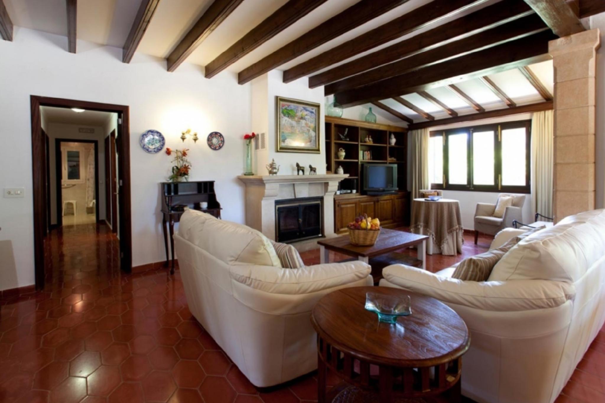103167   Villa In Pollen�a