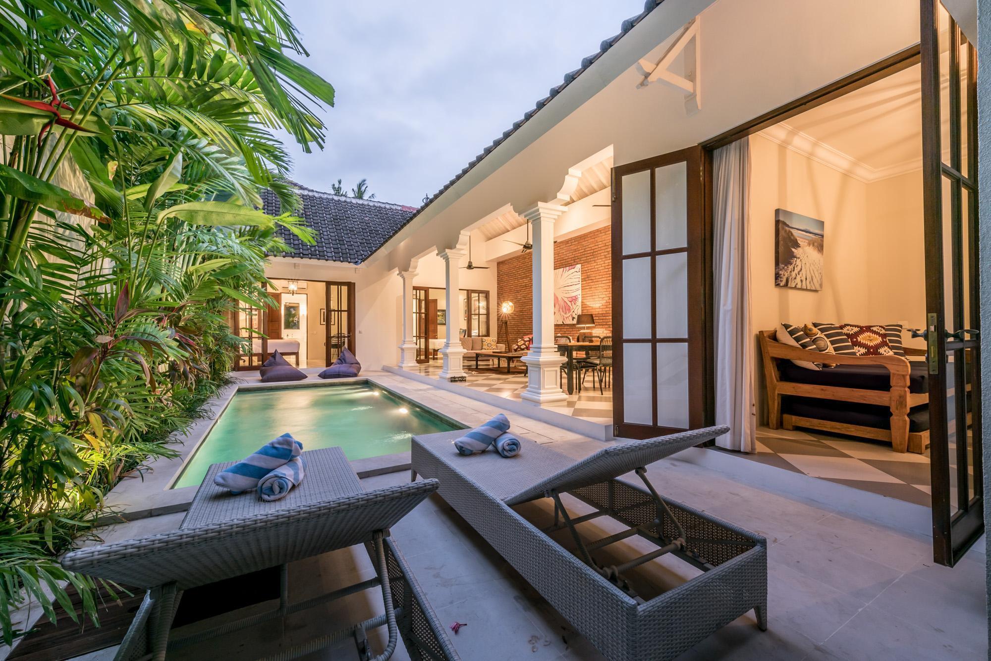 Luxurious 3 Bedroom Villa In The Heart Of Seminyak