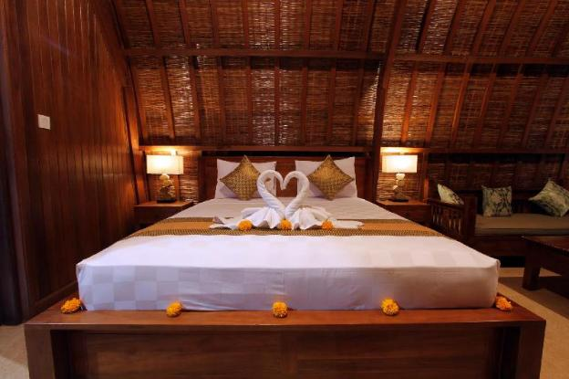 Deluxe Wooden Villa ( Pondok Naya )