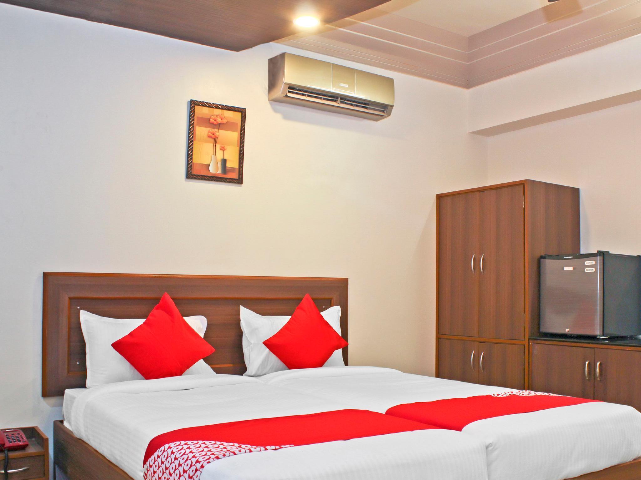 Capital O 22792 Hotel Jayratna