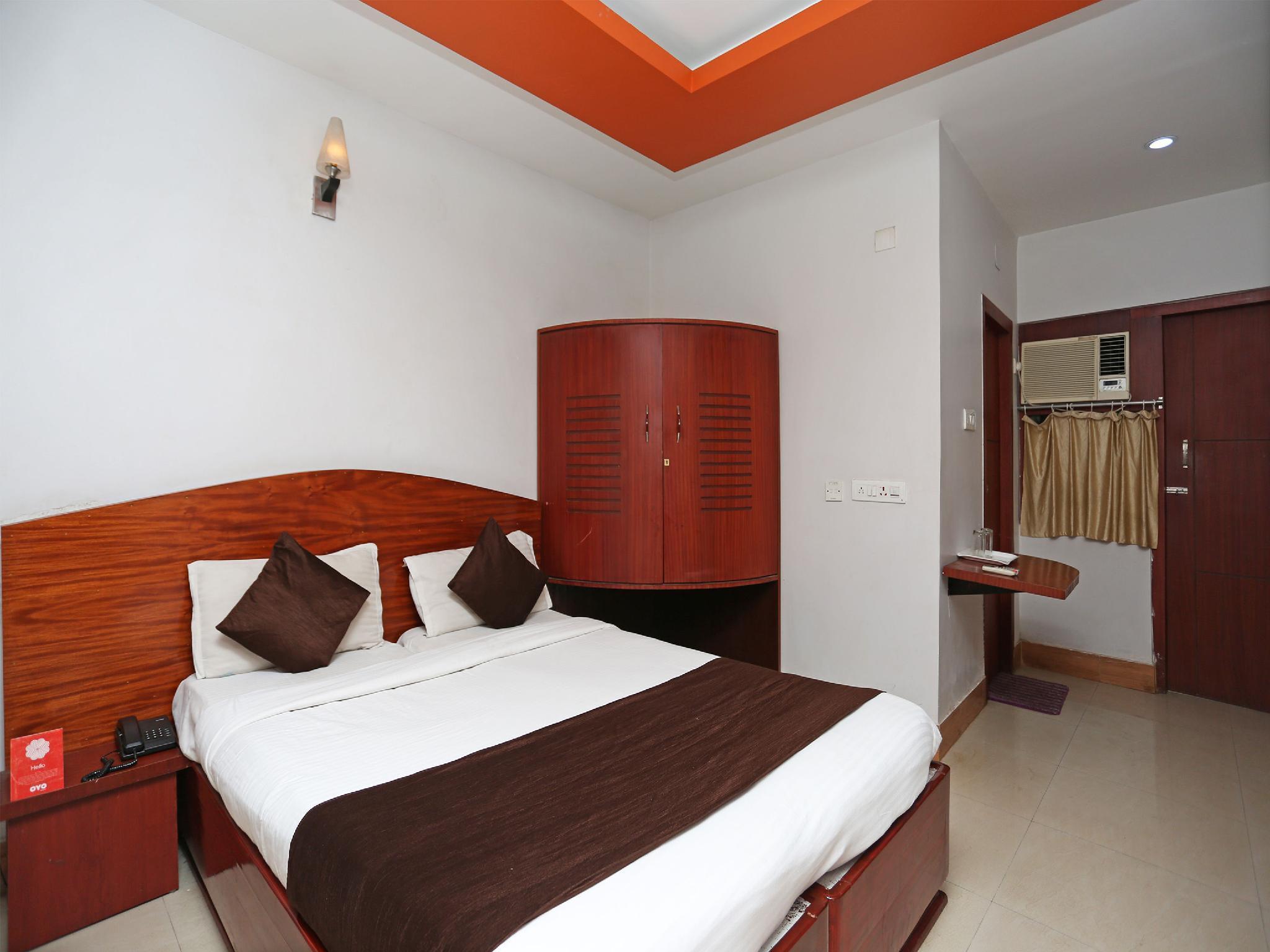 OYO 2338 Hotel Pelican