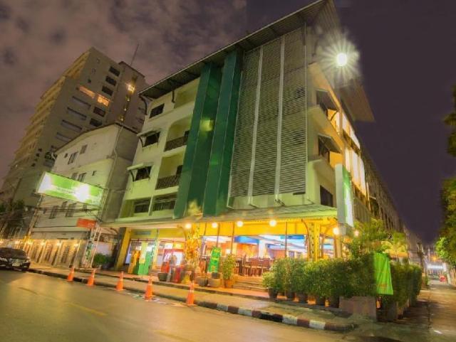 โรงแรมวรบุรี สุขุมวิท – Woraburi Sukhumvit Hotel