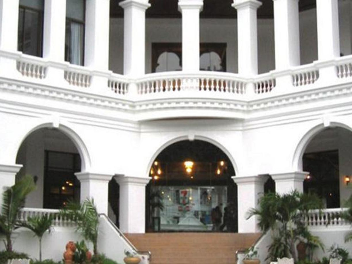 Grand Sole Hotel โรงแรมแกรนด์โซเล่