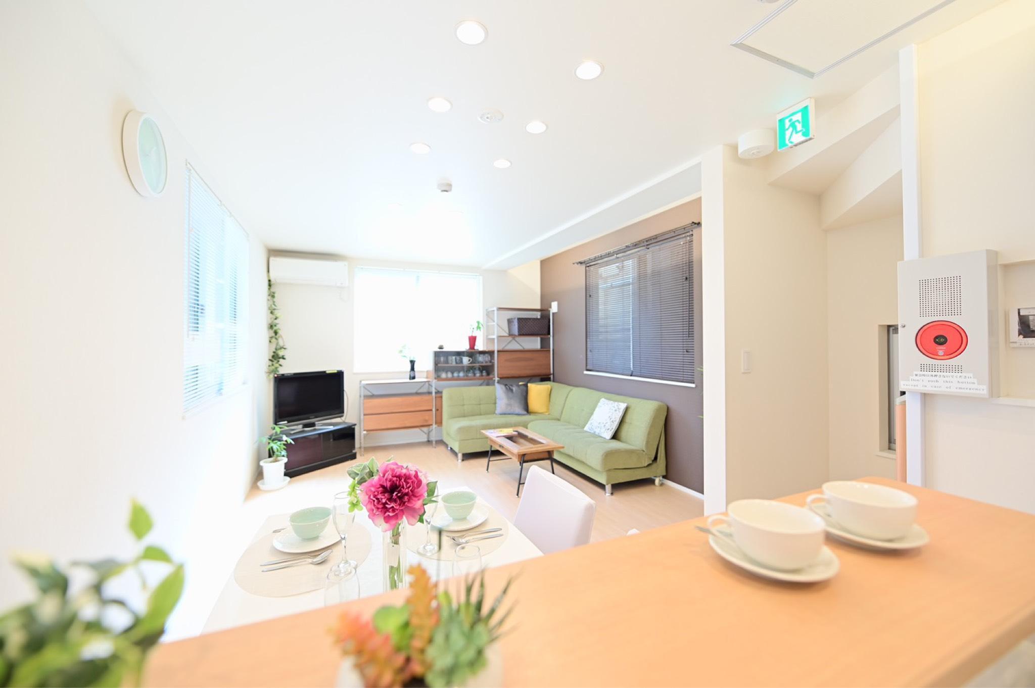 Tokyo 3   Storey Luxury Villa