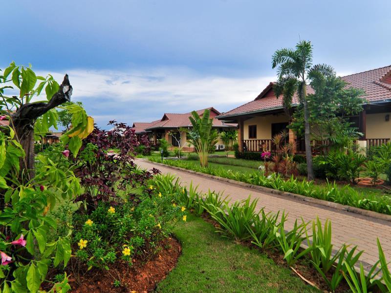Krabi Sunset Village