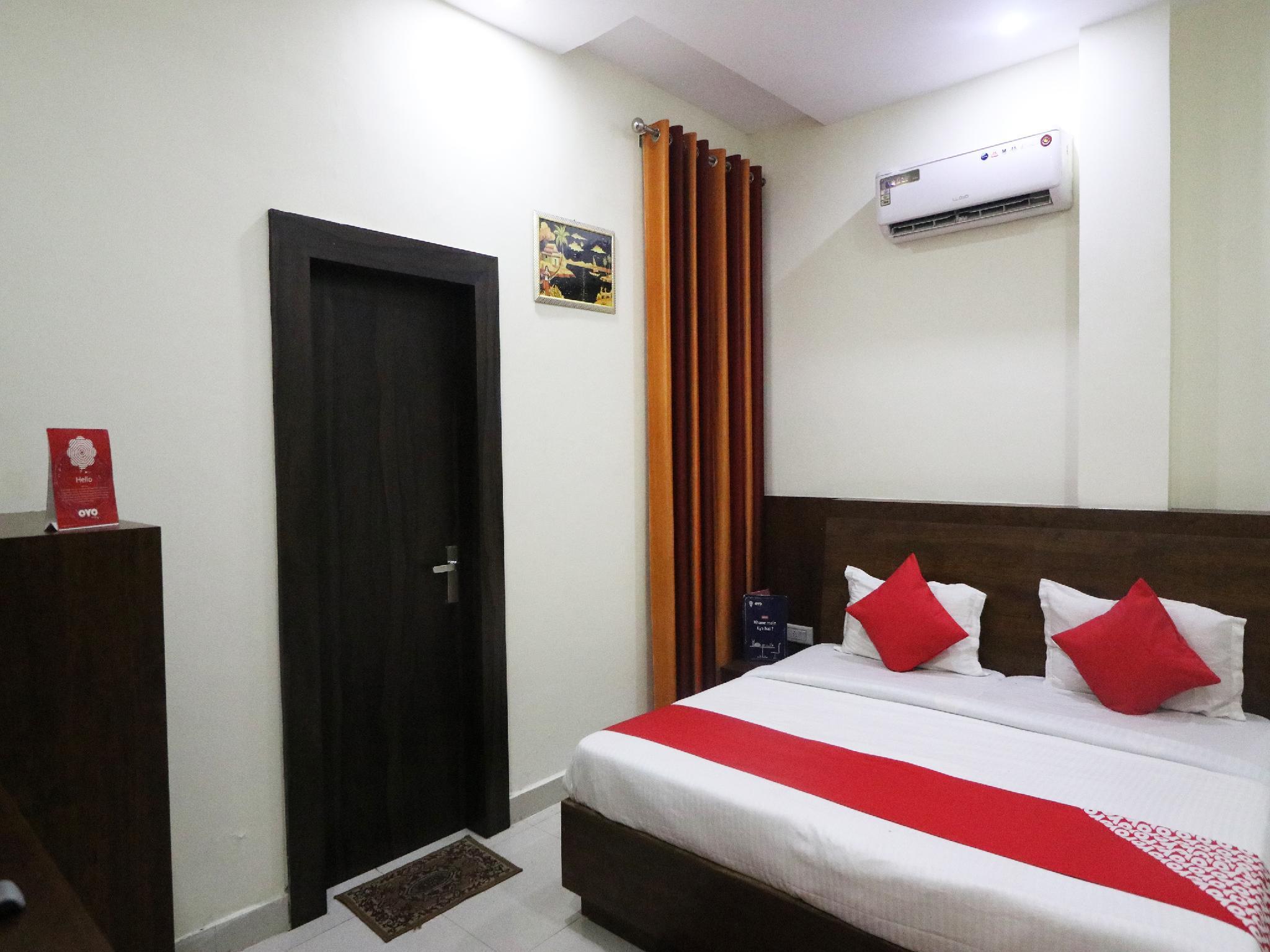 OYO 23324 Hotel Delight
